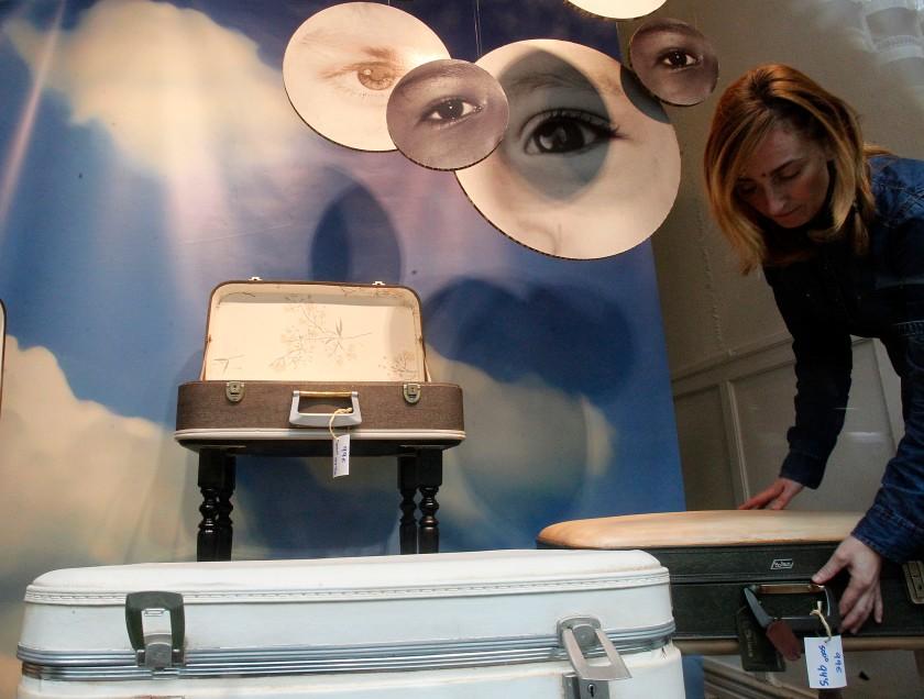 26/11/15 OVIEDO.TIENDA DE ROPA RECICLADA KOOPERA EN LA CALLE URIA.FOTO:PABLO LORENZANA...................